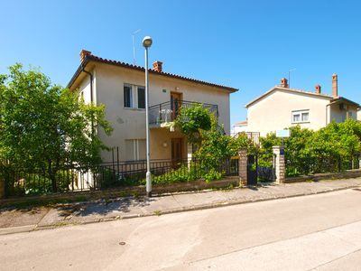 Photo for Holiday apartment Pula for 8 persons with 3 bedrooms - Holiday apartment