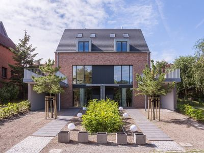 Photo for Large apartment in a modern house of great architecture in Wittduen on the islan