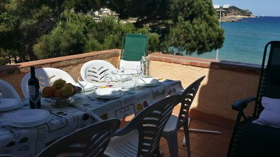private terrace with views to the sea. La Fosca beach at 11 meters