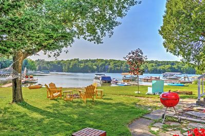 Elevate your Plymouth vacation when you stay in this marvelous lakeside cottage.