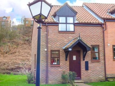 Photo for WATERSIDE COTTAGE, pet friendly, with a garden in Whitby, Ref 951483