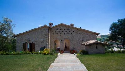 Photo for Holiday house Belforte All'Isauro for 14 persons with 6 bedrooms - Holiday house