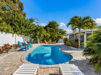 Happy Place: Huge 4 Bedroom Home, Heated Pool and Only a Short Block to Beach!!!