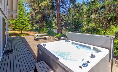 The River House - Private Hot Tub with river views!