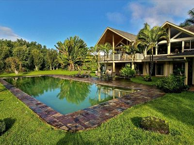 Lush Tropical Secluded Setting