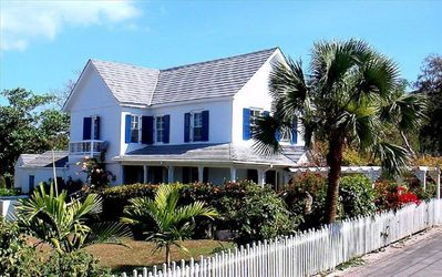 Photo for Historic Sea Captain's House, Walk to Town and Beach