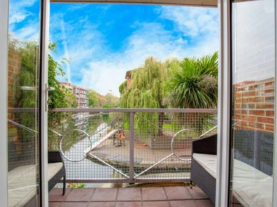 Photo for Hipster canal side apartment with fab views
