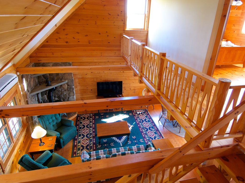 Property Image17 The MOST Private Beautiful Log Home For Up To 12 Guests