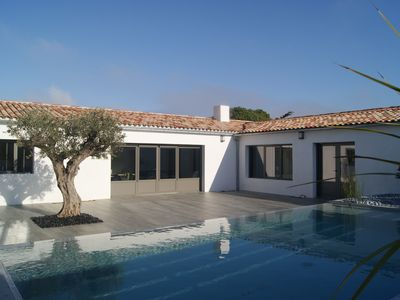 Photo for Superb villa of 210m2, 6 bedrooms, heated infinity pool.