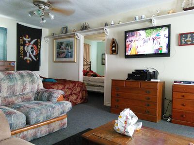 On The water, .Away from Noise, WI-FI, Wheelchair ramp. Minutes from Galveston.
