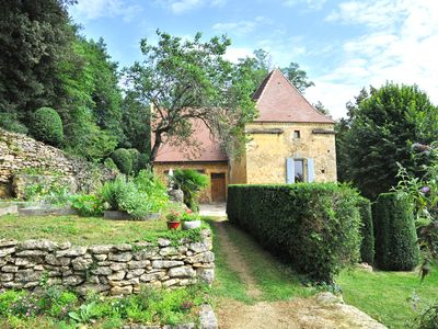 Photo for 4BR House Vacation Rental in SARLAT - LA CANEDA, Nouvelle-Aquitaine