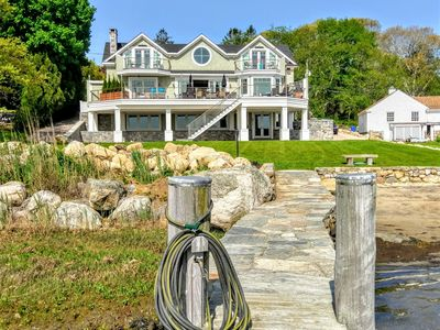 Boat dock to house