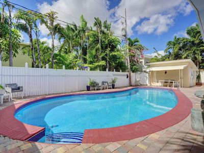 Photo for Beach House direct access to the Ocean, with heated pool