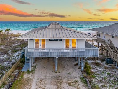 Photo for Gulf Front! Dune Allen in West 30A! Beautiful 30A Cottage!