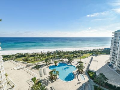 Photo for Hardwood floors & gulf-front views from private balcony