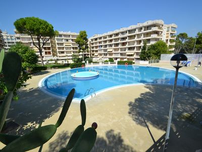 Photo for Catalunya 64:Terrace view onto the Sw.pools-Residence in the centre of Salou in 400m from the beach