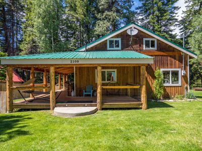 Photo for River view, pet friendly cabin that sleeps up to 4 guests with 2 bedrooms