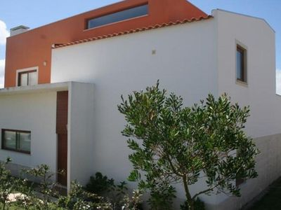 Photo for Spacious detached villa close to Obidos lagoon, golf, beach, private pool & WiFi