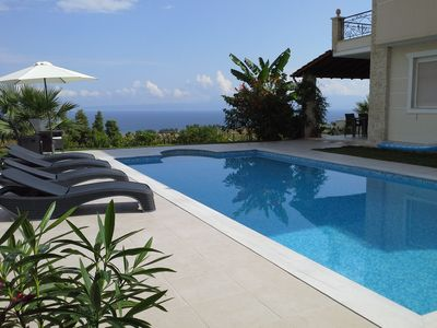 Photo for Luxury vacation with champagne reception and fantastic sea views