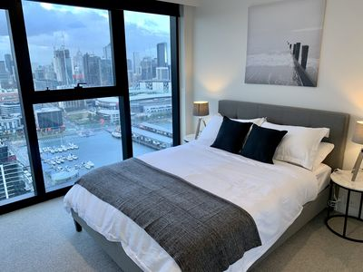 Photo for JC Docklands Amazing City/Melbourne Star Views Apartment **FREE: Parking/Tram