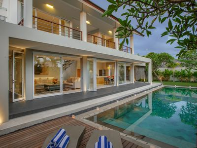 Photo for Stylish Modern Tropical 4 Bedroom Villa, Canggu;