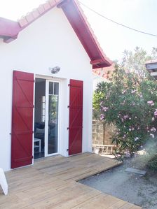 Photo for Beautiful Arcachon style house 100 meters from the beaches