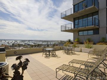 Harborview, San Diego, California, Forente Stater