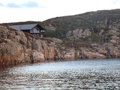 Photo for Great family friendly cottage by the sea. New modern cottage with great facilities.