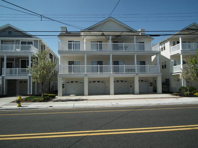 Family Friendly Vacation Property Close To Beach Boardwalk Shopping Restaurants West Wildwood