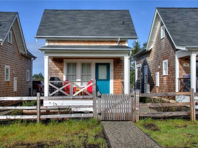 Photo for The Chicken Coop: 2 BR / 1 BA seabrook in Pacific Beach, Sleeps 4