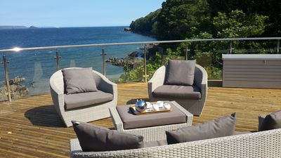 Photo for 20% DISCOUNT 25 -31 MAY. Cottage in stunning location overlooking Cawsand beach