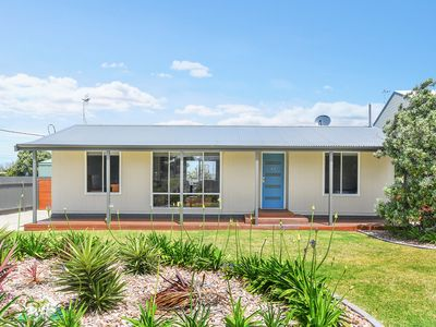 Photo for 63 Hargreaves Road - Middleton, SA