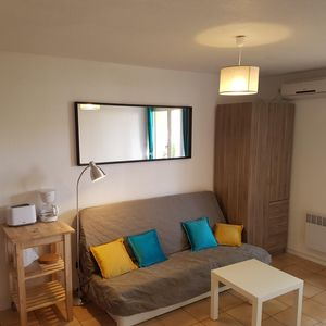 Photo for Spacious studio of 27 m2 with air conditioning, garage, Wi-fi