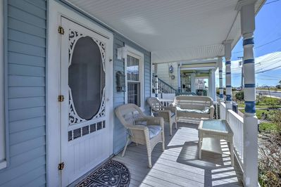 A lively Jersey Shore getaway awaits you at this vacation rental apartment!