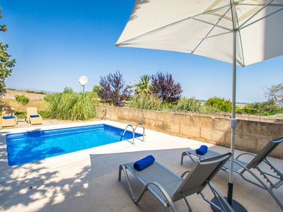 Photo for Nice apartment for 6 guests with private pool, WIFI, A/C, TV, balcony and parking