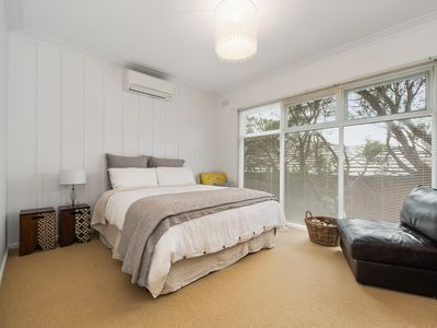 Photo for Beach side cottage just 200m to the pristine, family friendly Tyrone foreshore