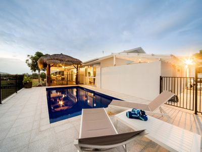 Photo for Whitsunday Tropical Airlie - 5 brms, 4 bthrms, Private pool, BBQ, Net, Foxtel