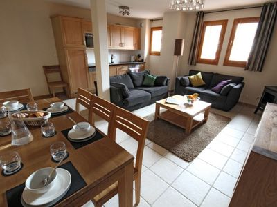 Photo for Spacious Self-Catered 2-bedroom+cabin Apartment | Central Location