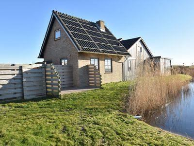 Photo for Holiday home near the Petten beach, behind the Hondsbossche Zeewering