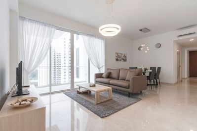 3-Bdrm Apt at ECP fringe of City Central - Spacious Living and Dining room