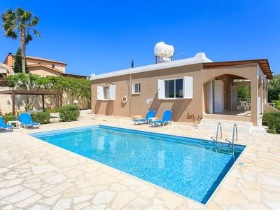 Photo for Villa Lela Pente: Large Private Pool, Walk to Beach, A/C, WiFi, Car Not Required, Eco-Friendly