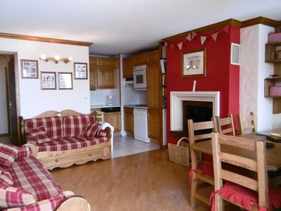 Photo for Apartment for 8 people near church with balcony facing southwest in Val Thorens