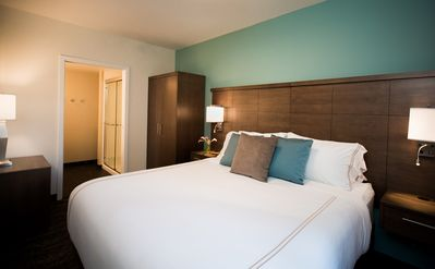 Photo for Upscale Suite + 24 Hour Fitness Center + Free Breakfast | Close to Lake Union