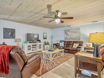Photo for 3 BR Stilt Home Woodsy Old Homosassa Kayaks included  River Access Small Boats