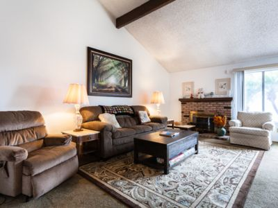 Photo for Chic 3 bed/2 bath house in San Diego 舒适3卧室/ 2浴房