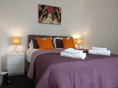 Photo for Chiltern Apartment - 2 Bed Apartment