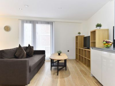Photo for Apartment Capacity in London South Bank - 4 persons, 2 bedrooms