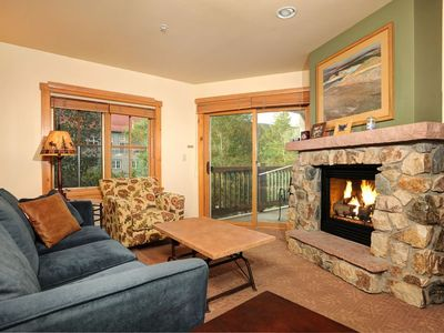 Photo for Large and Cozy 2 Bedroom Condo with Private Balcony!