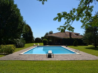 Photo for Villa with private pool - ideal for large families