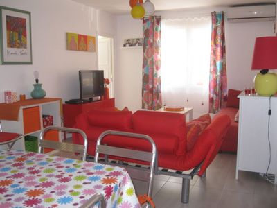 Photo for Cosy apartment with terrace, near the beach and the town center,